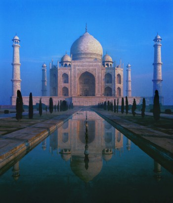 Shah Jahan, The Taj Mahal, 1638-1648. White marble, jasper, jade, crystal, turquoise, lapis lazuli, sapphire, carnelian, etc. Agra, Uttar Pradesh.