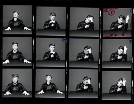 "Masayoshi Sukita, planche contact pour la couverture de l'album ""Heroes"",  n° 32, 1977. © Sukita / The David Bowie Archive."
